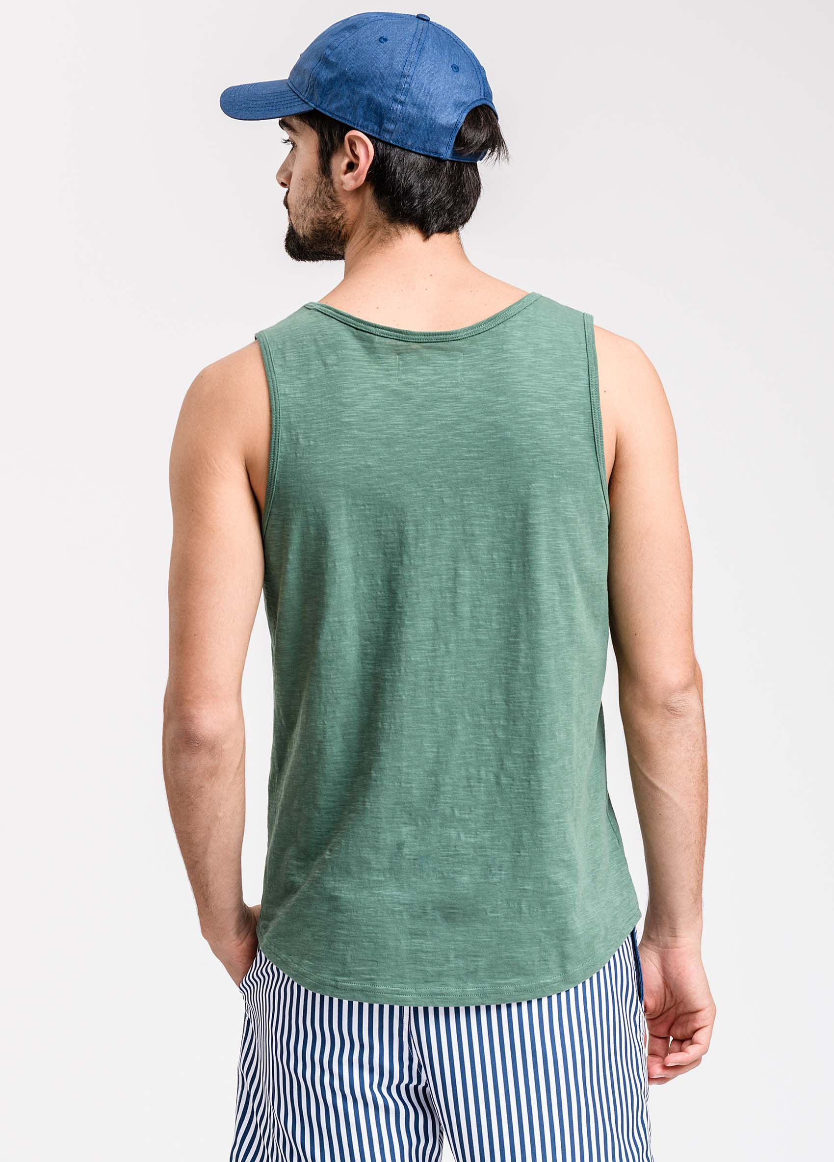penguin_musculosa-flame-washed-tank_37-27-2020__picture-1911