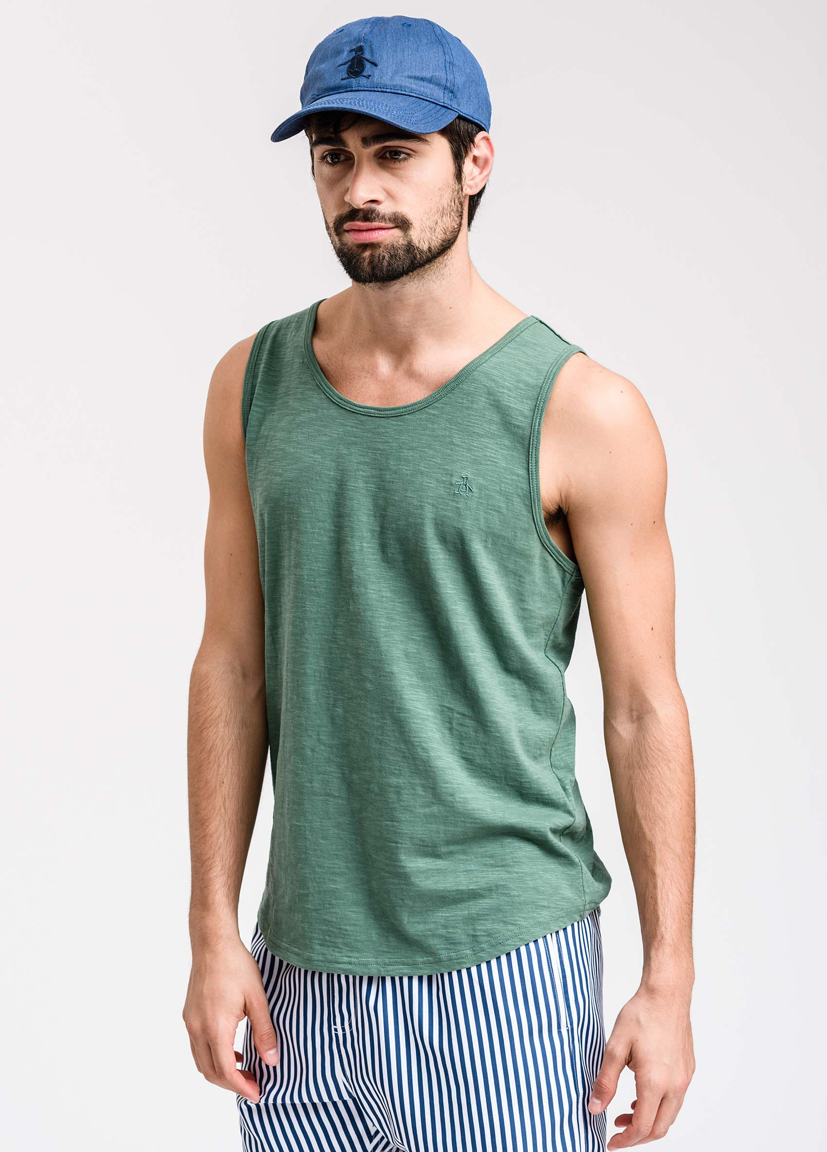 penguin_musculosa-flame-washed-tank_37-27-2020__picture-1912